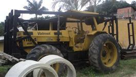 Trator Valtra/Valmet 118 4x4 ano 88