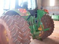 Trator John Deere 6110J 4x4 ano 12