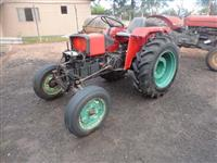 Trator Agrale 4200 4x2 ano 84