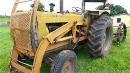 Trator CBT com lamina 4x2 ano