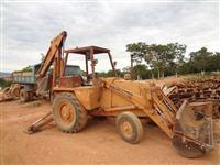RETROESCAVADEIRA CASE 580 H 1994