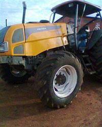 Trator Valtra/Valmet 125 4x4 ano 09
