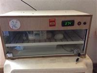 Chocadeira Automática Para 60 Ovos em MDF