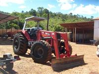 Trator Massey Ferguson 650 Advanced 4x4 ano 2006