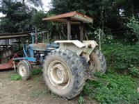 Trator Ford/New Holland 6.600 4x2 ano 85
