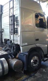 Caminhão  Volvo FH122 4200  ano 04