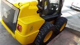 Minicarregadeira New Holland ano 2012