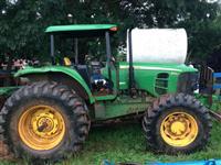 Trator John Deere 6145J 4x4 ano 10