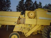 Colhedeira New Holland ano 90
