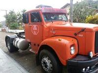 Caminhão  Scania 113  ano 76