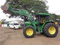 Trator John Deere 6405 4x4 ano 05