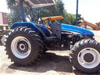 Trator Ford/New Holland TL 75E 4x4 ano 05