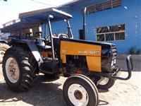 Trator Valtra/Valmet 885 4x2 ano 99