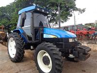 Trator Ford/New Holland TL 75 4x4 ano 06