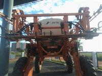 Pulverizador  Jacto Uniport 2000L Ano 04/05
