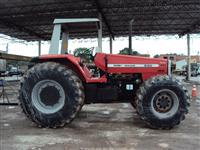 Trator Massey Ferguson 660 4x4 ano 95