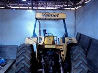 Trator Valtra/Valmet Turbo  4x4 ano 88