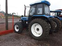 Trator Ford/New Holland 7630 4x4 ano 02