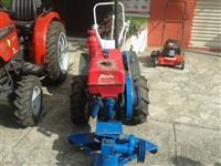 Mini/Micro Trator Tobata 4x2 ano 92