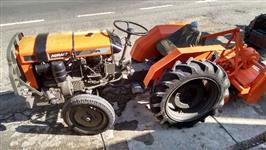 Trator Agrale + Enxada Rotativa 4x2 ano 92