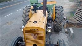 Trator Agrale VALMET 4x2 ano 70