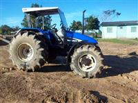 Trator Ford/New Holland TL85E 4x4 ano 05