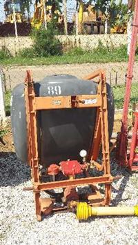 Pulverizador Jacto 400 Lts