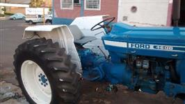 Trator Ford/New Holland 4600 4x4 ano 82