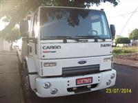 Caminhão  Ford C 2428e 6x2  ano 11