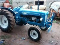 Trator Fordson Major Power ano 1963