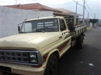 Caminhão  Ford F 4000  ano 88