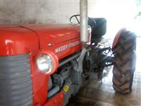 Trator Massey Ferguson 50 X 4x2 ano 67