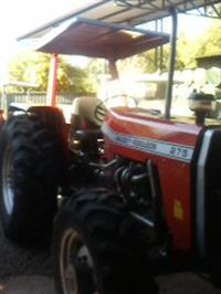 Trator Massey Ferguson 275 4x4 ano 86