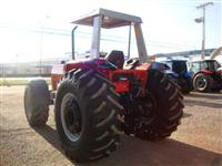 Trator Massey Ferguson 680 Advanced 4x4 ano 07