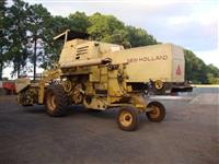 COLHEITADEIRA AGRICOLA NEW HOLLAND 4040 ANO 1988