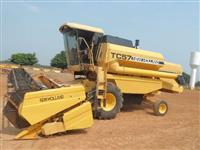 Vende-se Colheitadeira New Holland TC57