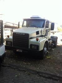 Caminhão  Volvo N12 380  ano 88