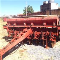 plantadeira  semeato par 2800 7 linhas de 45cm