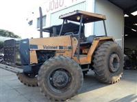 Trator Valtra/Valmet 980 4x4 ano 87