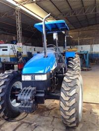 Trator Ford/New Holland TL85 4x4 ano 10