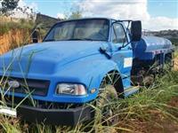 Caminhão  Ford F12000  ano 97