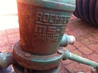 Bomba de agua com Rodao
