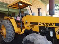 Trator Valtra/Valmet 985 4x4 ano 92