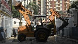 RETROESCAVADEIRA CASE 4 X 2  MOTOR ZERO