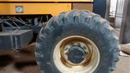 Trator Valtra/Valmet BH 180 4x4 ano 05
