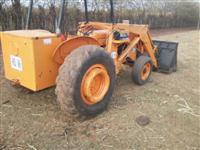 Trator Carregadeiras MF 275 4x2 ano 80