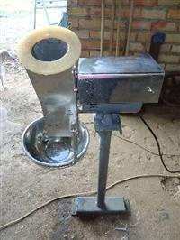Máquina Raladora De Mandioca Ou Macaxeira Aço Inoxidável