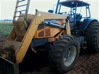 Trator Valtra/Valmet 165 4x4 ano 09