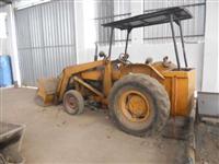 Trator Carregadeiras Ford 4600 4x2 ano 74