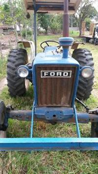Trator Ford/New Holland 4500 4x2 ano 94
